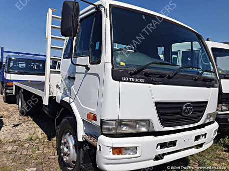 1994 Nissan CW45 Truck Double diff with hydraulic skip bin unit for sale, finance available